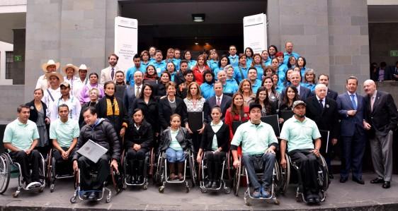 SALUD-20151204-Premio-Nacional-de-Acción-Voluntaria-y-Solidaria-562x299